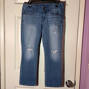 Mid- rise light blue American Eagle jeans